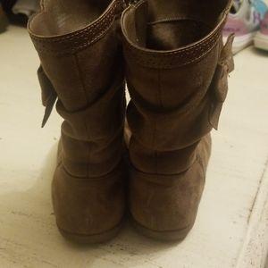 bonnie Shoes - Girl boots!